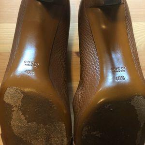 Gucci Shoes - Authentic Gucci Brown Sachalin Det Buckle Pumps